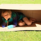 Børn skal da puttes i kasser1